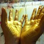 De l'or dans les mains
